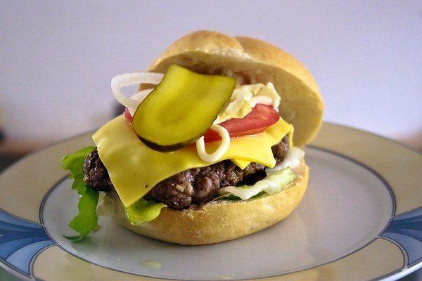 rsz_burger-945322_640