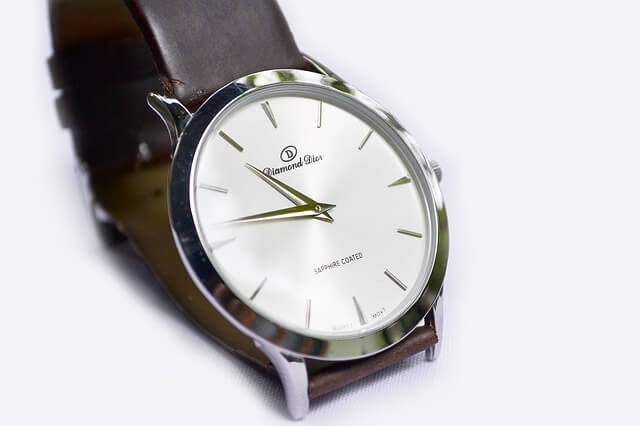 wrist-watch-183143_640