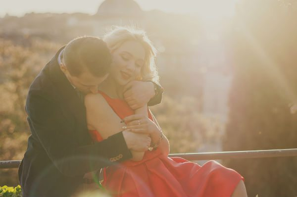 9 Tips On How To Make A Girl Feel Special